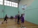Девчонки показали командную игру, которая и помогла им одержать победы._5