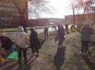 26 октября, в пятницу 92 ученика из 9-11 классов приняли участие в традиционном  Всекузбасском субботнике «Кузбасс в порядке»_9